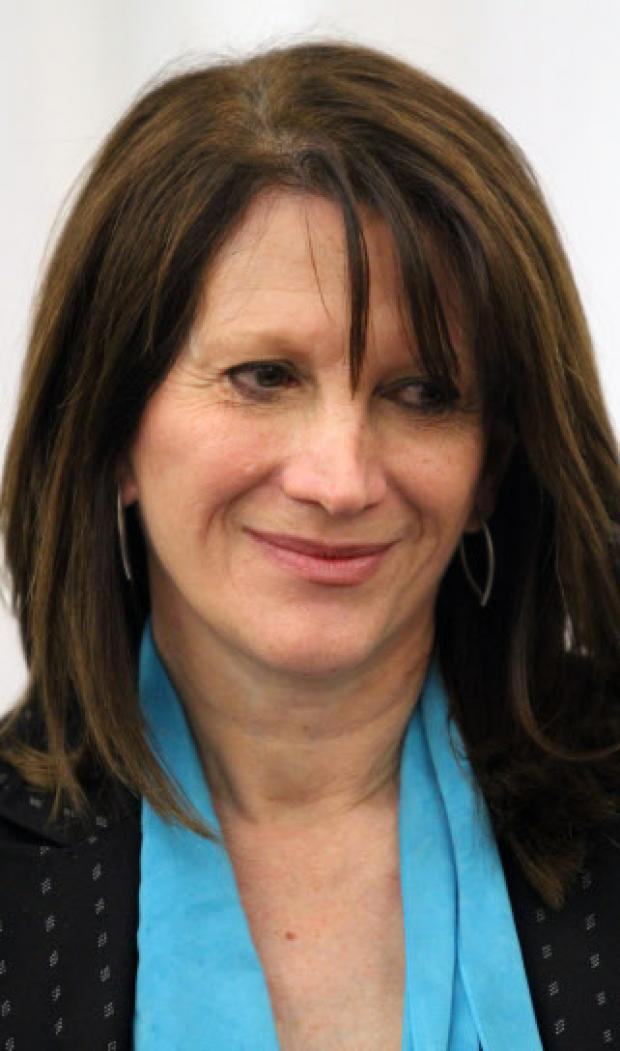 MP Lynne Featherstone calls for changes to W3 bus route