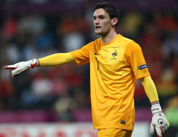 Lloris could make his debut