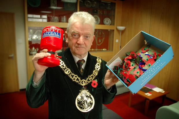 Mayor calls for support for poppy appeal