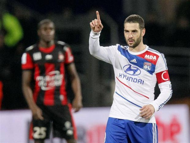 Linked: Lisandro Lopez (Picture: Action Images)