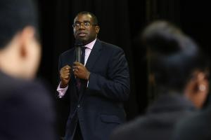 "David Lammy: Antwerp Arms bidding war is ""extortion of the community"""