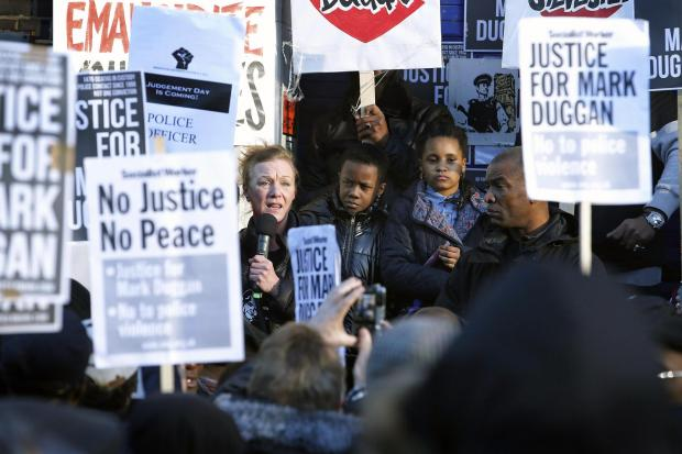 Haringey Independent: Mark Duggan's aunt Carole Duggan spoke to protesters at the vigil