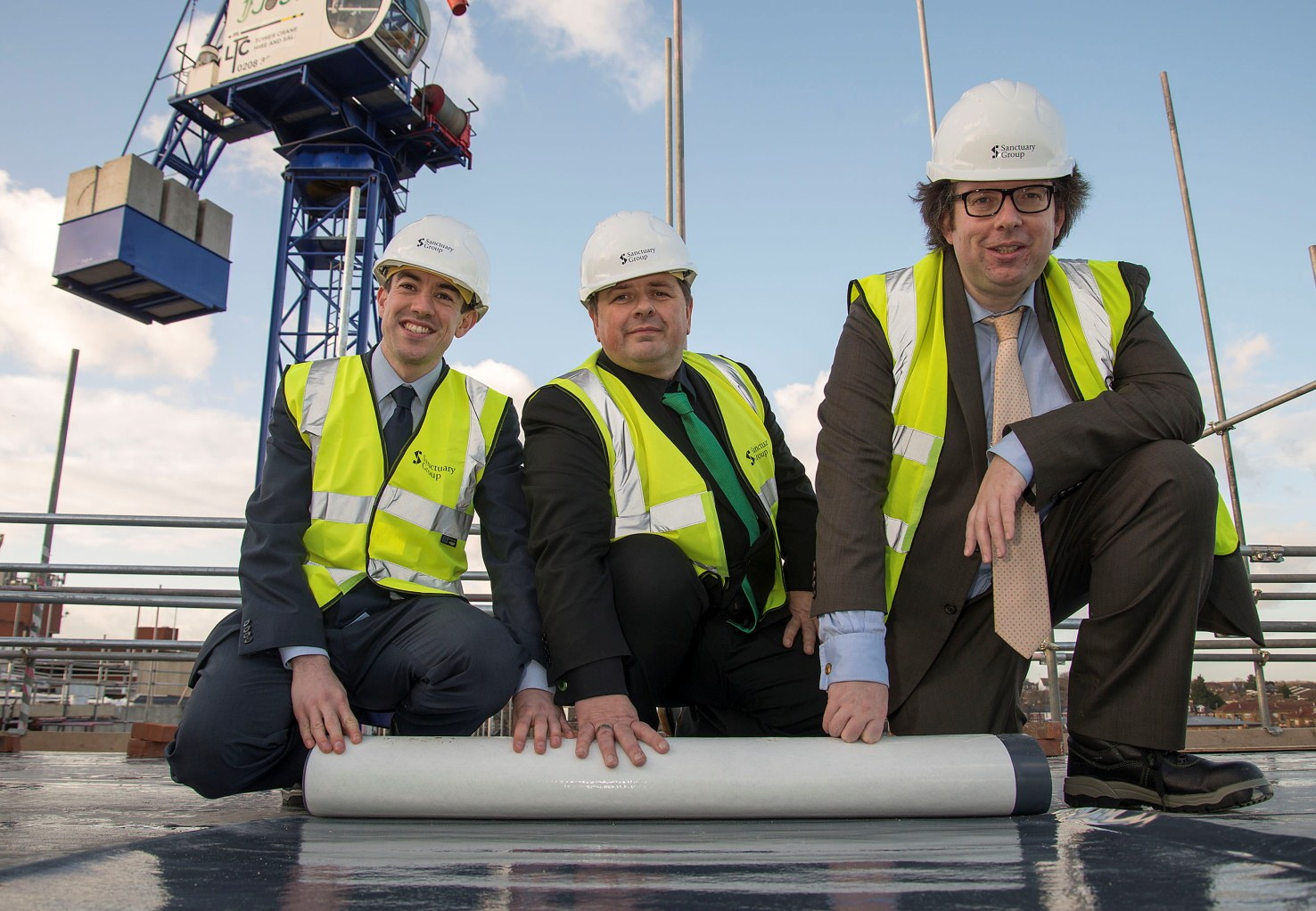 Councillor Alan Strickland joined from Peter Martin, Sanctuary's Group director of development, and the Deputy Mayor of London Richard Blakeway, at the topping out c