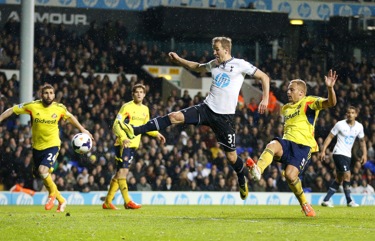 Kane scored Spurs' second in their 5-1 rout over Sunderland