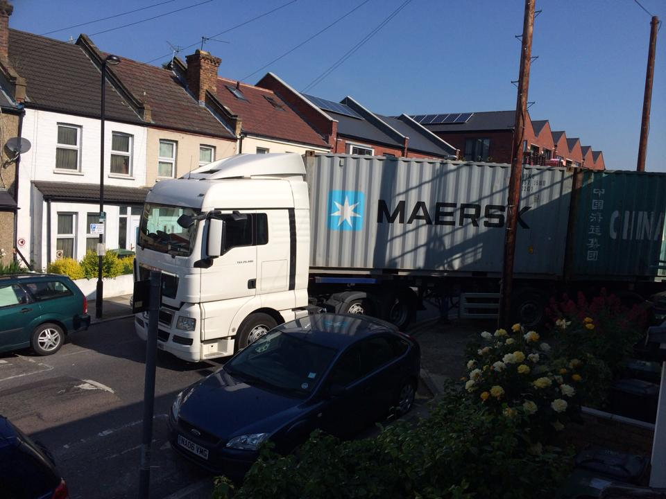 Lorry nightmare on Ring