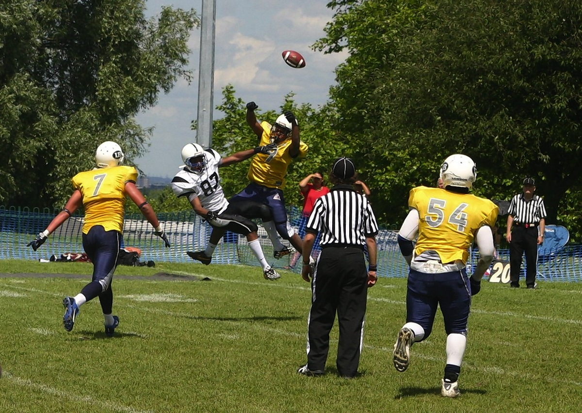 London Blitz remain unbeaten